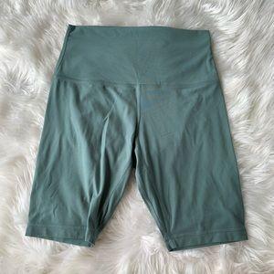 LULULEMON tidewater teal align shorts